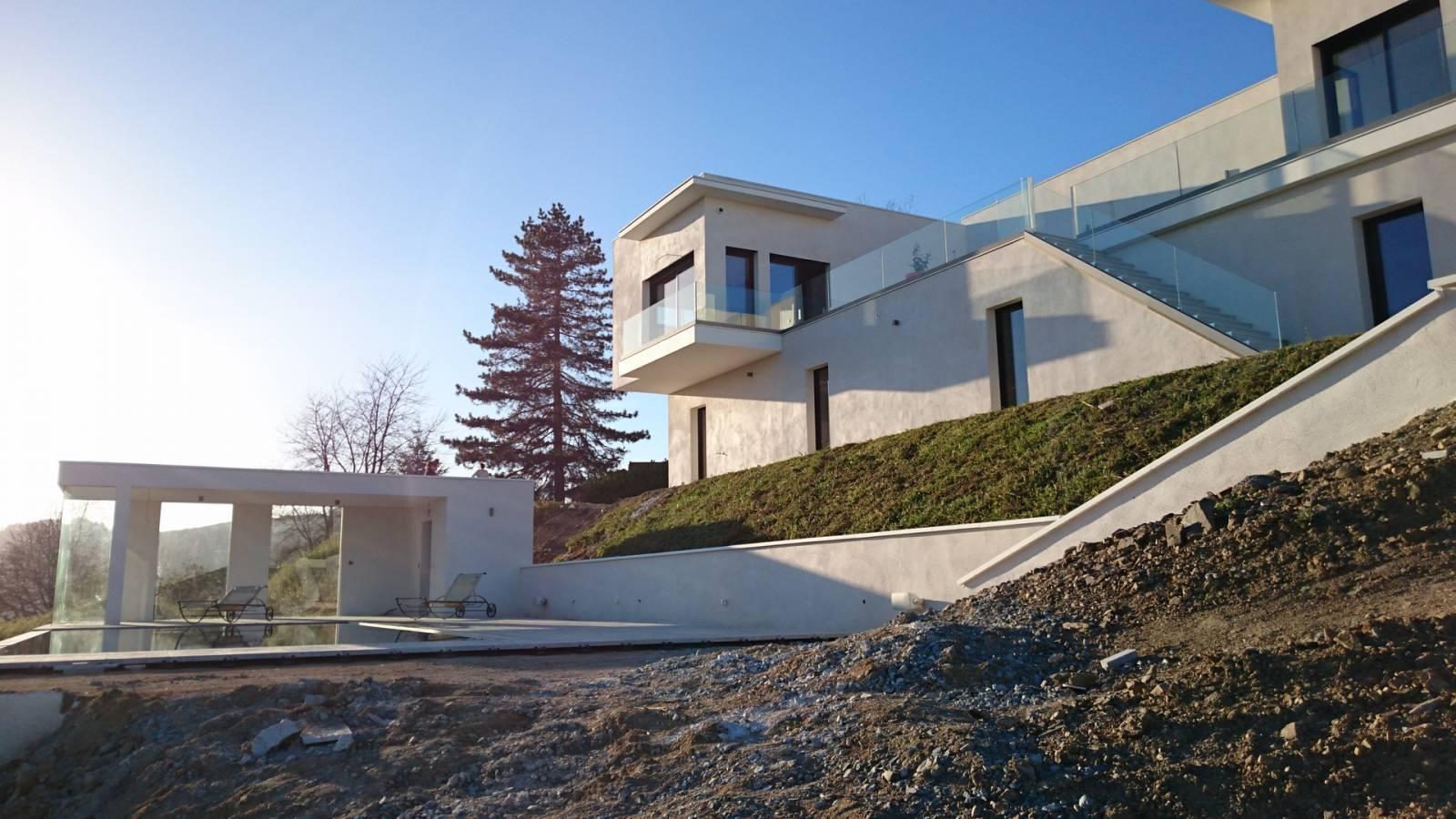 architecture moderne maison individuelle connectée et intelligente